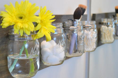 Mason Jar DIY Bathroom Organizer