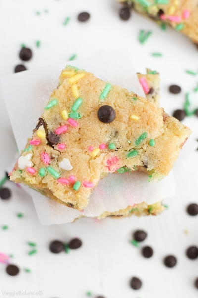 Healthy Cake Batter Blondies