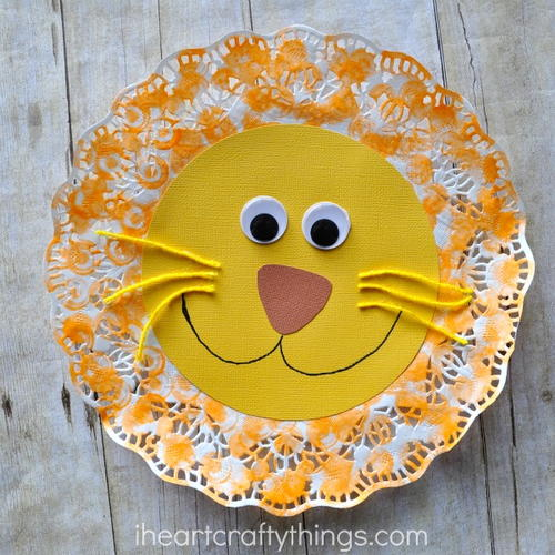 Lazy Lion Doily Craft