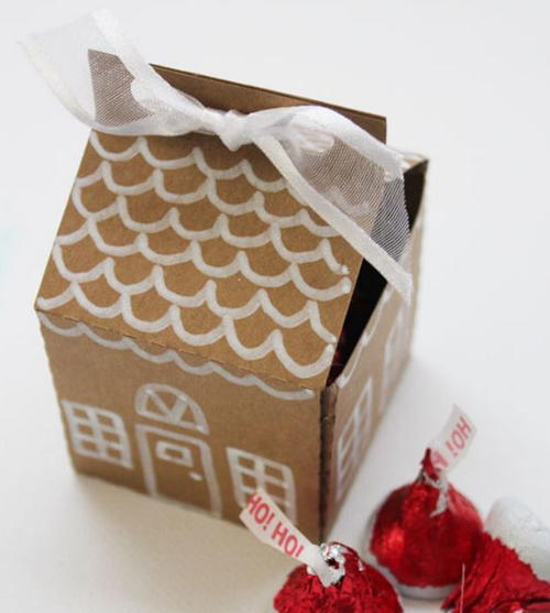 Paper Gingerbread House Candy Box