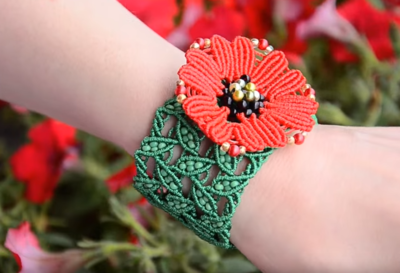 Leaves and Poppies Macrame Bracelet