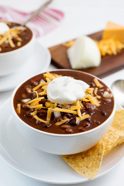 The Easiest Vegetarian Slowcooker Chili