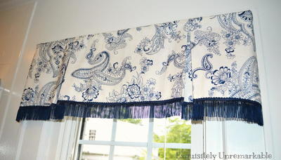 Box Pleat Valance On A Rod