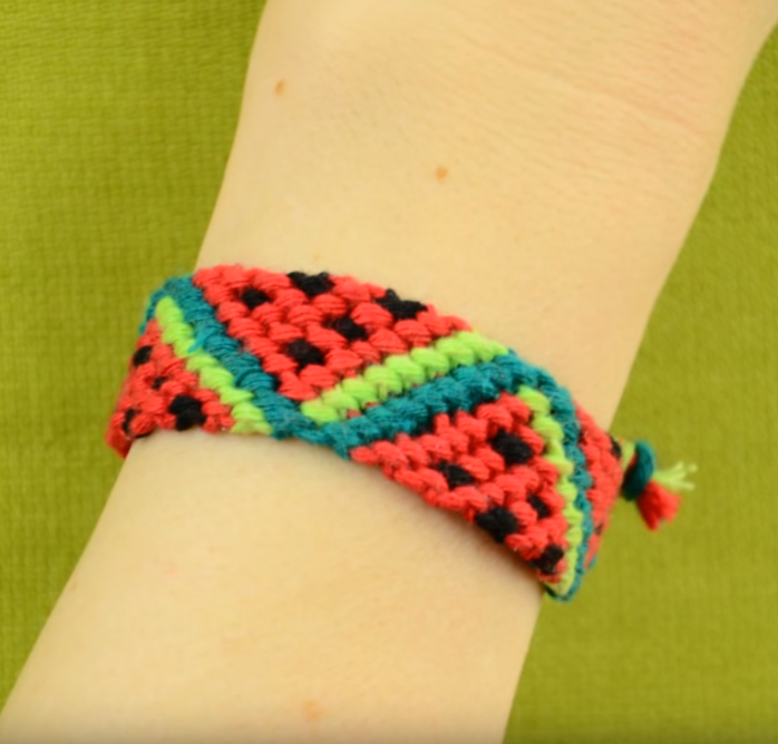 Easy bracelet ideas with string