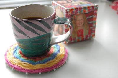 Upcycle a CD into a Colorful Woven Coaster
