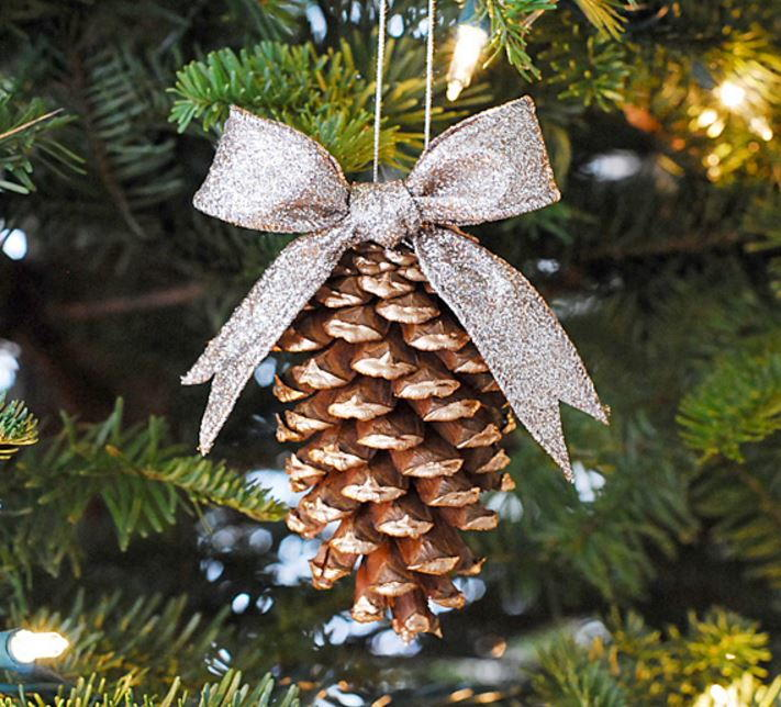 19 pine cone crafts for christmas Homemade christmas decorations using pine cones
