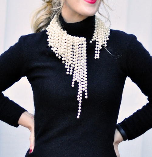 Parisian Chic Pearl Necklace