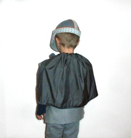 10-Minute DIY Kids' Knight Cape