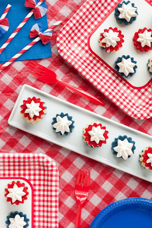 Summer Fireworks Mini Cakes
