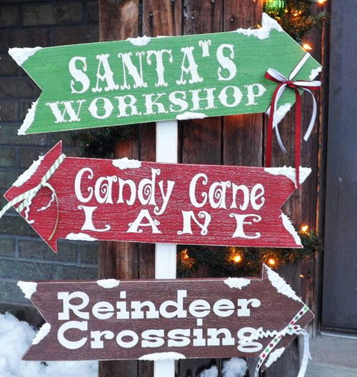 Santa 39 s village diy outdoor sign for Large outdoor christmas signs