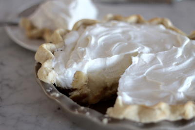 Better Than Moms Banana Cream Pie