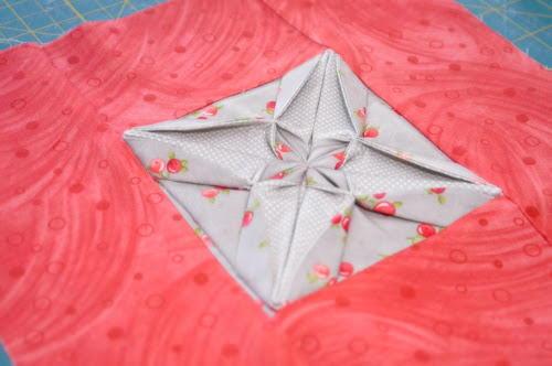 Fabric Origami Quilt Block Favequilts Com