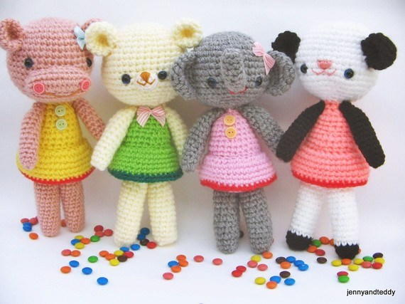 Best Yarn for Amigurumi | AllFreeCrochet.com | 427x570