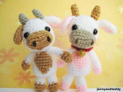 Amigurumi Pattern Little Cows : Lolly Baby Cow Amigurumi AllFreeCrochet.com