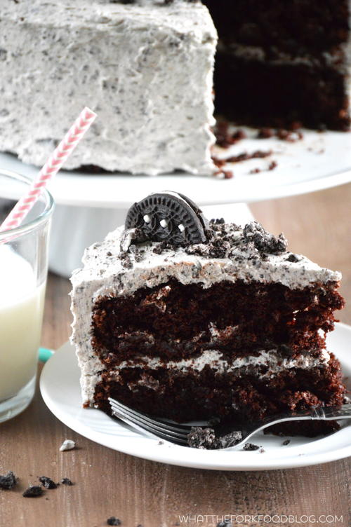 Chocolate Cookies and Cream Cake