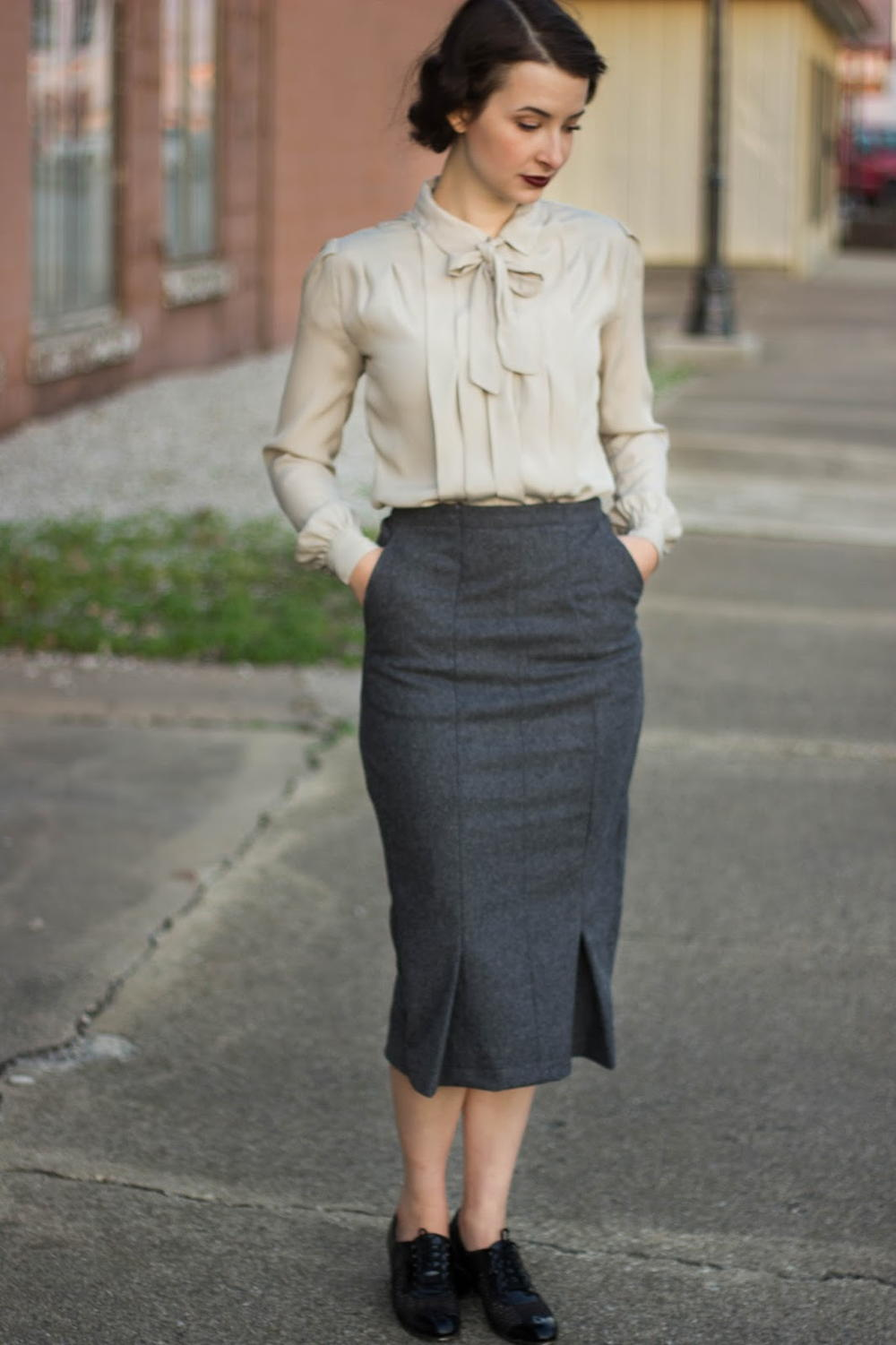 Peggy Carter Inspired Upcycled Skirt AllFreeSewingcom : Peggy Carter Upcycled SkirtExtraLarge1000ID 1680922 from www.allfreesewing.com size 1000 x 1501 jpeg 105kB