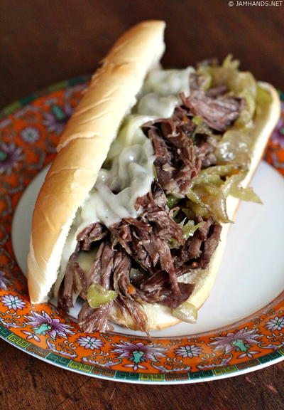 Simple Slow Cooker Beef Sandwiches
