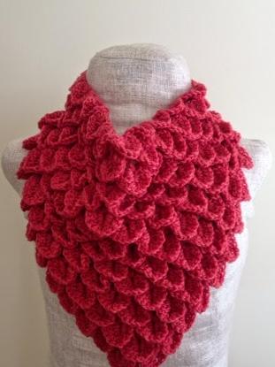 Free Crochet Pattern Crocodile Flower : Coral Crocodile Stitch Crochet Cowl AllFreeCrochet.com