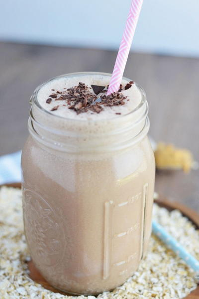 Chocolate Peanut Butter Oatmeal Smoothies