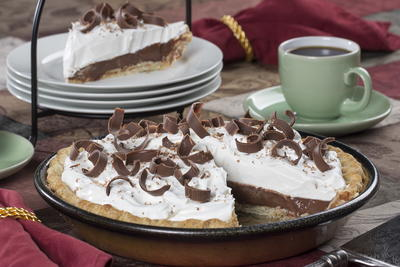 Homemade Chocolate Cream Pie