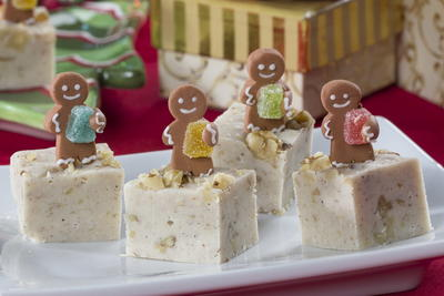 Holiday Gingerbread Fudge