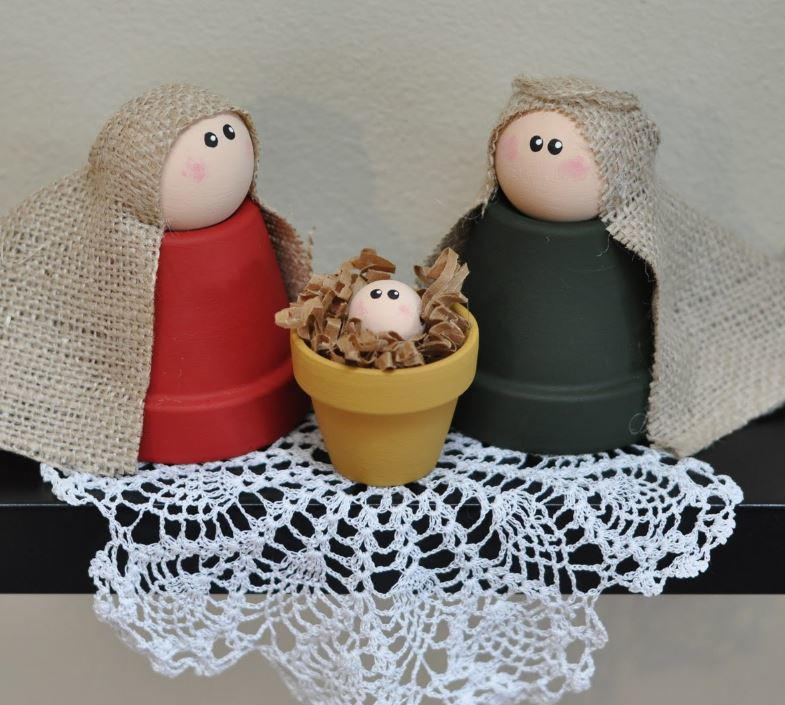 Clay Pot Nativity Allfreechristmascrafts Com