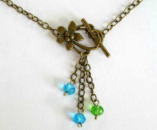 Floral Toggle Clasp Chain Necklace