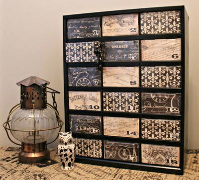 Bleak to Chic Jewelry Organizer