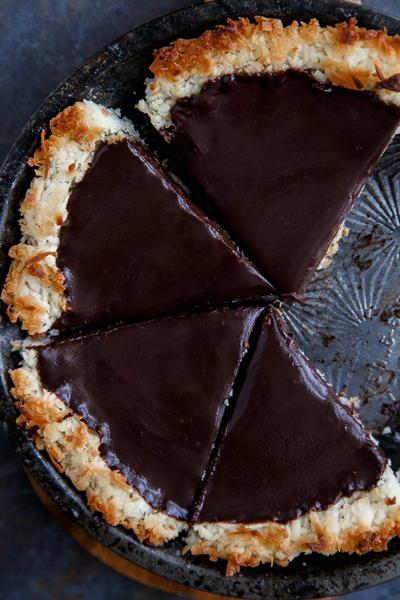 Super Easy Chocolate Pie Recipe