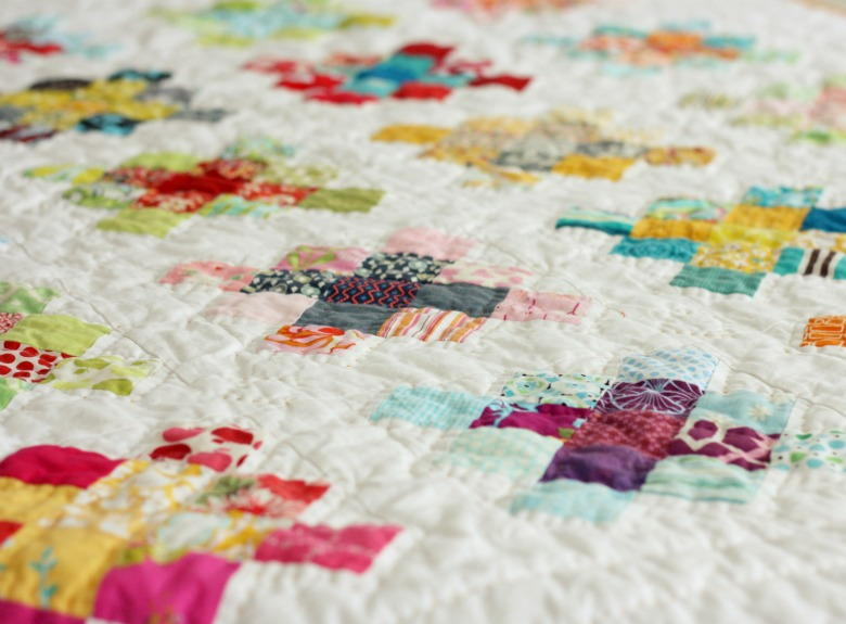 Traditional Square Quilt Favequilts Com