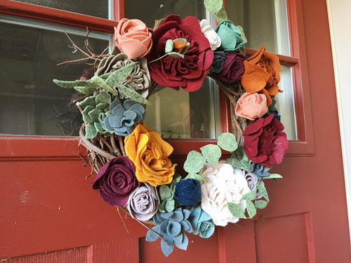 DIY Felt Floral Wreath