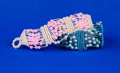 Pearly Beaded Macrame DIY Bracelet