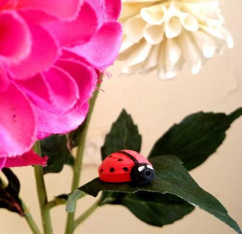Quilled Ladybug DIY Embellishment