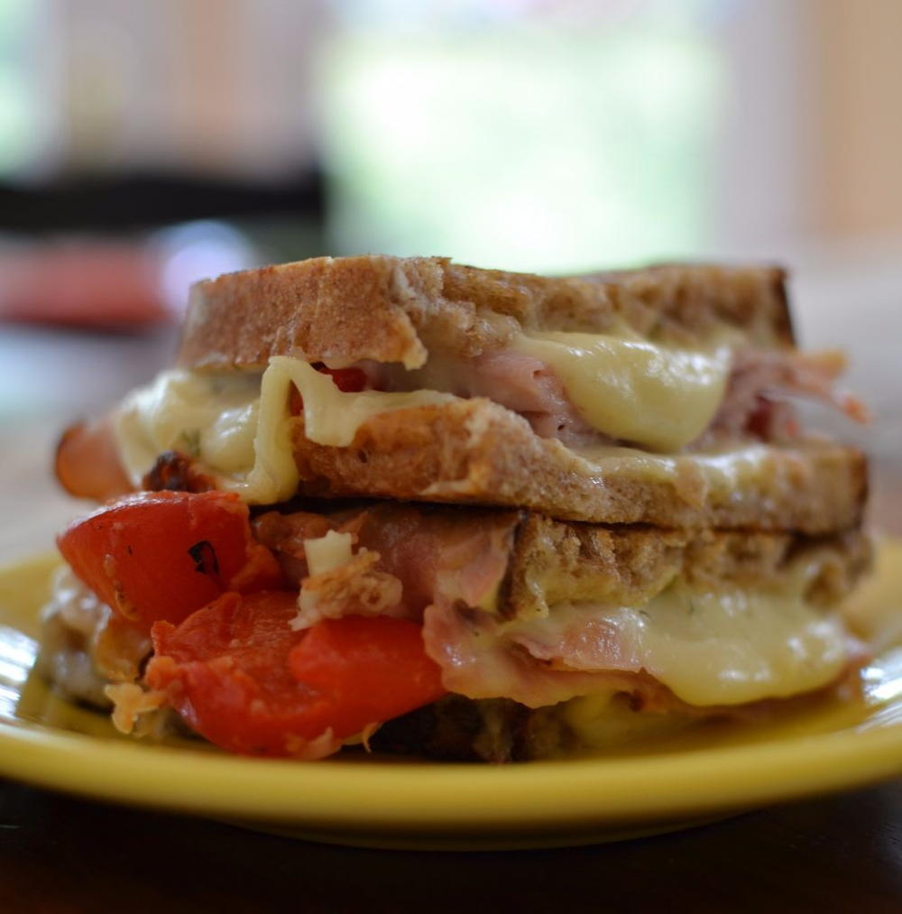 Ham Roasted Red Pepper Grilled Cheese | RecipeLion.com