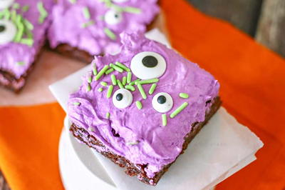 Monster Googly Eye Brownies
