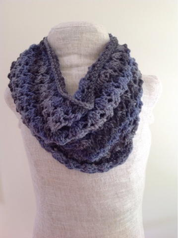 Lacy Cowl Knitting Pattern