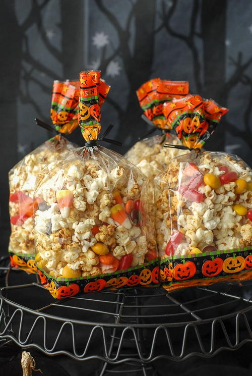 Orange-Flavored Kettle Corn Treat Mix