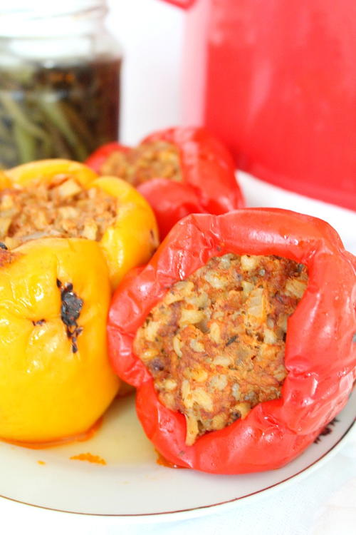 Easy Stuffed Roasted Bell Peppers
