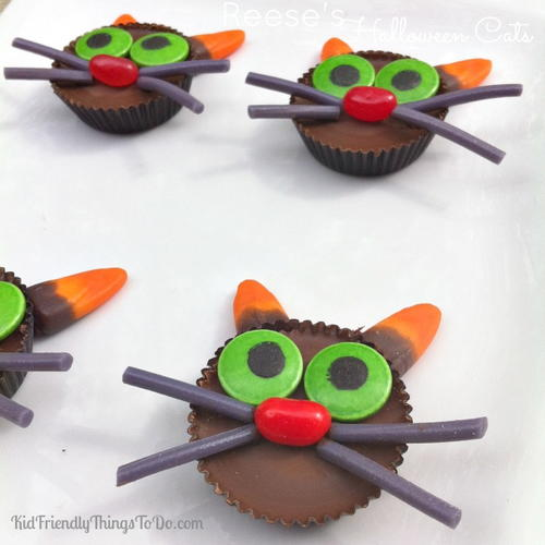 Reeses Cup Cat Halloween Treats