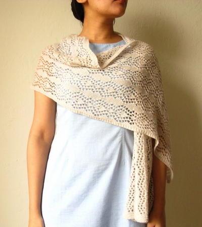 Summer Shawl Knitting Pattern : Sweet Shawl Summer Edition AllFreeKnitting.com