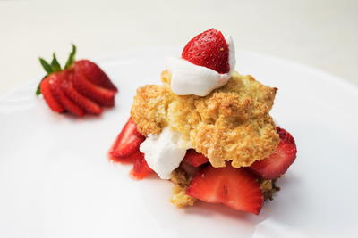 Homemade Buttermilk Shortcakes with Strawberries