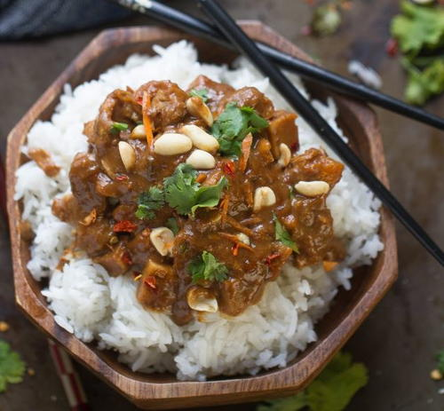 Tangy Slow Cooker Thai Peanut Chicken