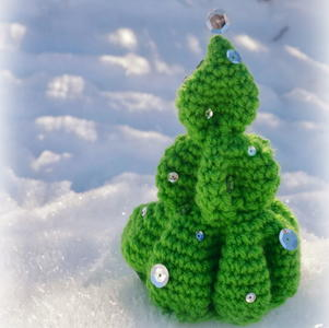 Cutesy Crochet Christmas Tree