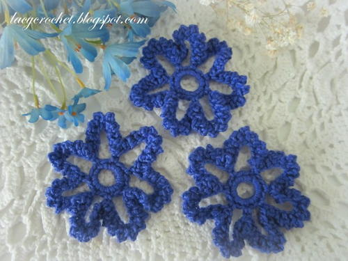 Blooming Blue Crochet Flower Pattern