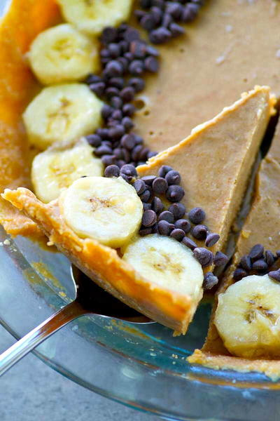 No-Bake Peanut Butter Banana Pie