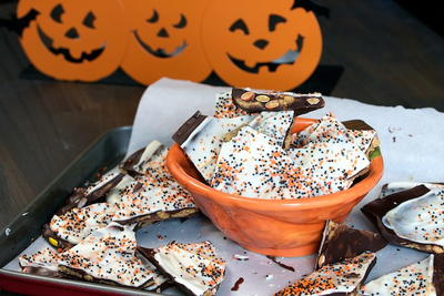 Chocolate Halloween Bark Recipe