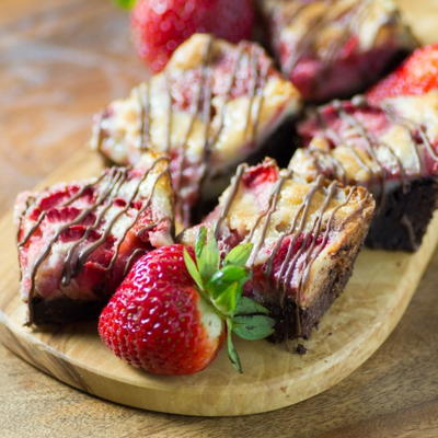 Strawberry-Chocolate-Dream-Bars