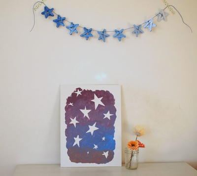 Sparkly Star Popsicle Stick DIY Garland