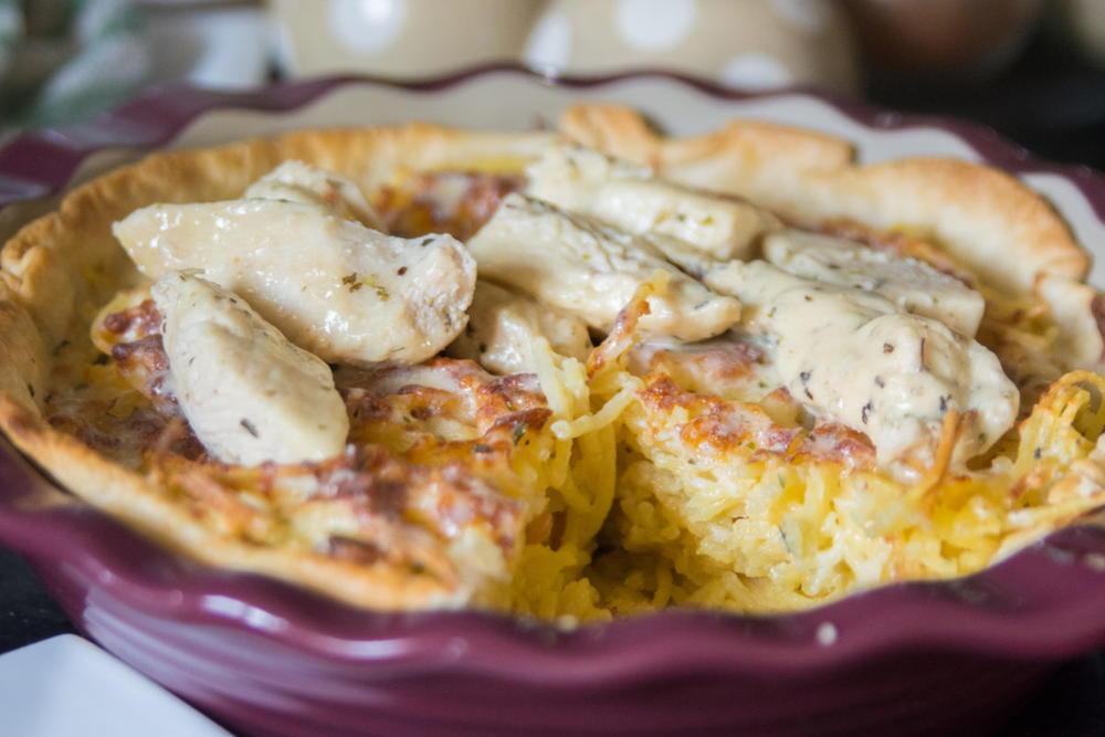 Olive Garden Chicken Alfredo Spaghetti Pie