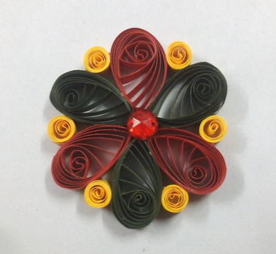 Simple Quilled Flower Embellishment